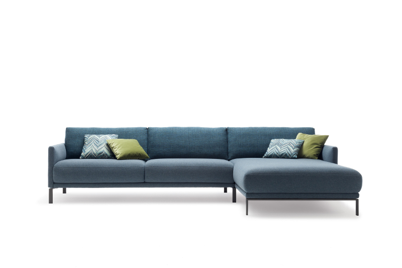 [Translate to French:] Rolf Benz Sofa Cara
